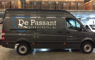 Belettering bedrijfswagen De Passant